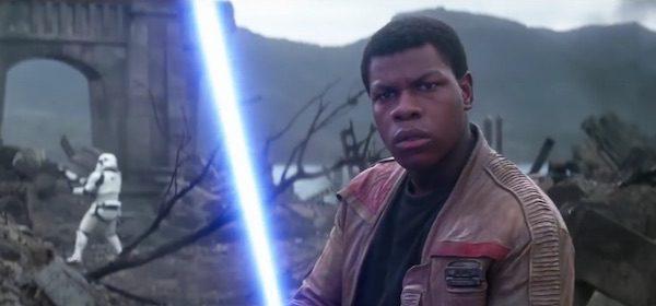 Finn utilise-t-il de nouveau un sabre laser dans l'épisode IX?