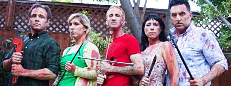 La caravane de massacre de Garden Party transforme un choc dans l'arrière-cour en un bain de sang de mec