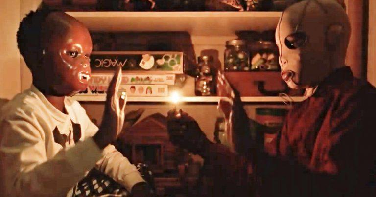 <pre>Jordan Peele surprend ses fans avec Scary New Footage
