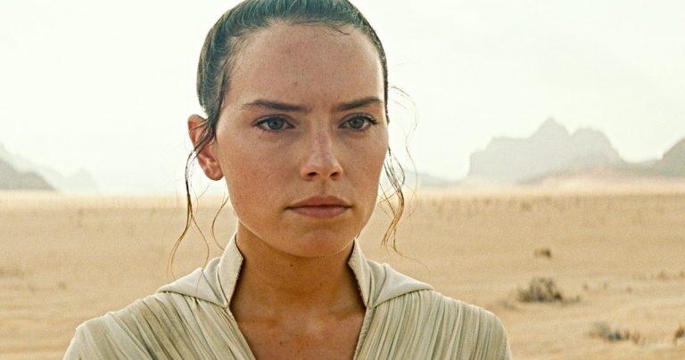 <pre>Les parents de Rey sont-ils taquinés dans The Rise of Skywalker Trailer?