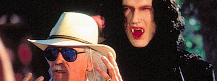 John Carpenter envisage de réaliser un petit film d'horreur, un grand film d'action ou une télévision