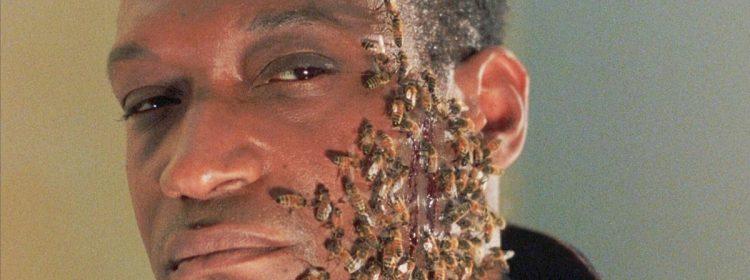 Candyman Star Tony Todd a été payé 1K $ pour chaque piqûre d'abeille, et il a été piqué beaucoup