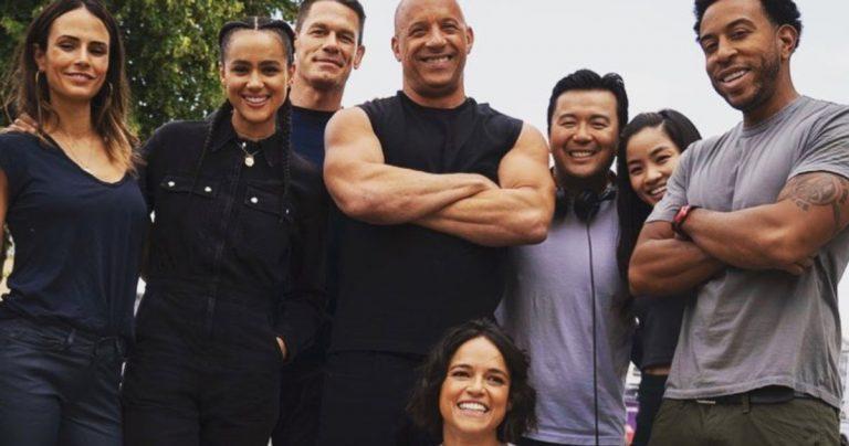 La première photo de Fast & Furious 9 Cast célèbre l'anniversaire de Michelle Rodriguez