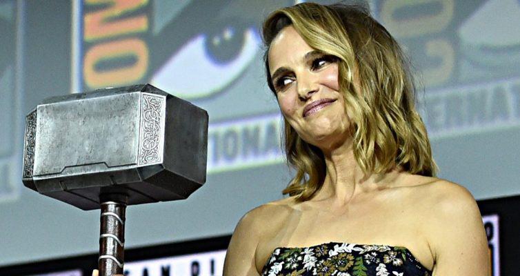 Natalie Portman est une femme Thor dans Thor: Love and Thunder