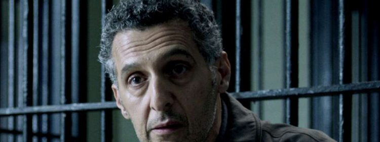 John Turturro est Carmine Falcone, le chef du crime, dans The Batman