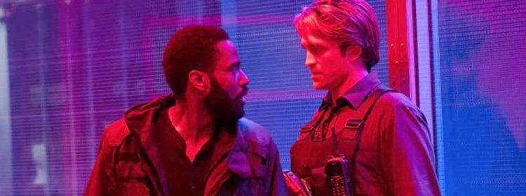 Tenet Photo taquine un intense Staredown dans le thriller trippant de Christopher Nolan