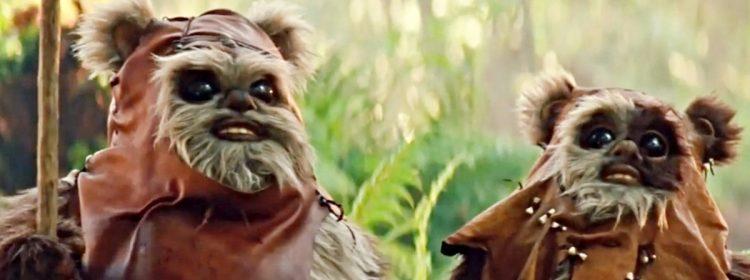 Warwick Davis revient dans le rôle de Wicket the Ewok dans The Rise of Skywalker Blu-Ray Featurette