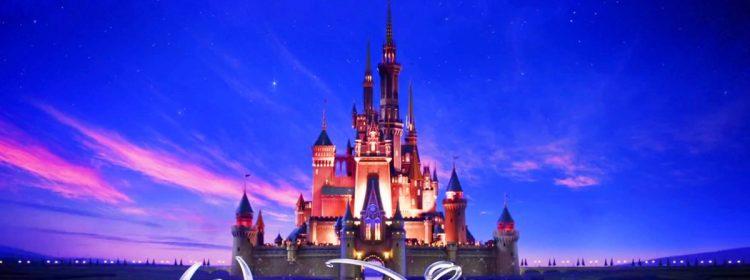 Disney forcé de mettre en congé des employés non essentiels après le 18 avril