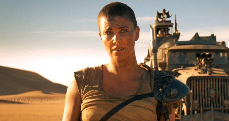 Pourquoi Mad Max: Charlize Theron de Fury Road était «inquiète» à propos de son costume d'origine
