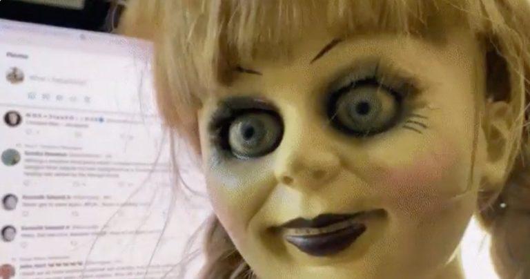 Le réalisateur Doctor Strange se bat avec la poupée invocatrice Annabelle