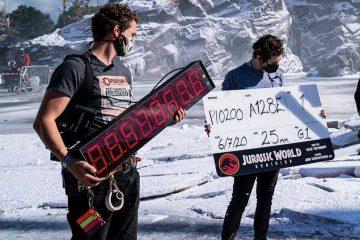 Les nouvelles photos de Jurassic World 3 montrent à quoi ressemble le tournage pendant une pandémie