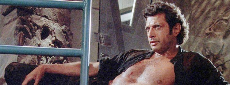 Jeff Goldblum recrée la scène torse nu emblématique de Jurassic Park dans une nouvelle photo