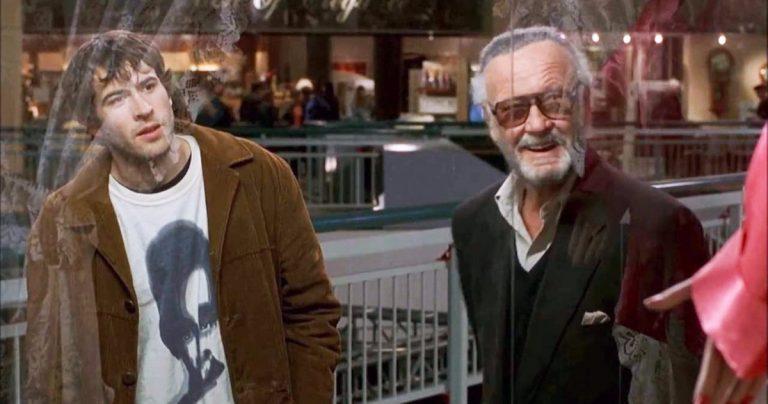 Kevin Smith taquine une scène déchirante mais drôle de Stan Lee dans Mallrats 2