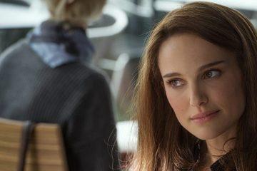 Regardez la blague de Natalie Portman sur le maniement du marteau de Thor dans l'amour et le tonnerre