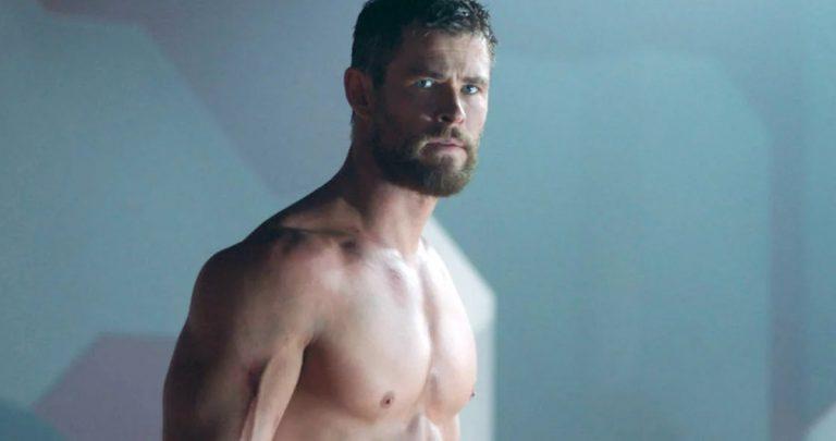 Chris Hemsworth partage sa plus grande règle pour maintenir son physique lors du tournage de Thor 4