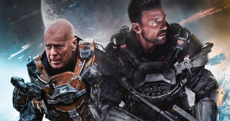 La bande-annonce de Cosmic Sin fait équipe avec Bruce Willis et Frank Grillo pour combattre les extraterrestres à l'avenir