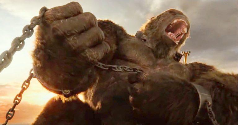 Godzilla Vs Kong demande à King Kong de faire du parkour pendant le combat dans la grande ville