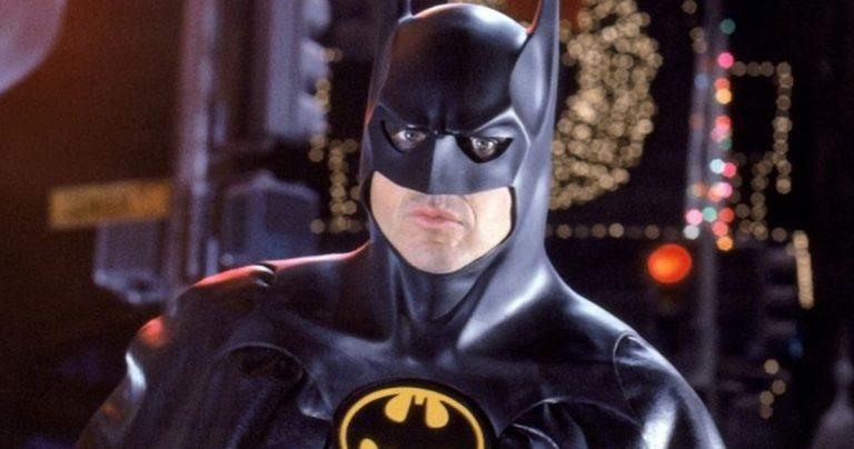 Michael Keaton revient en tant que Batman cette semaine pour commencer le tournage du film Flash