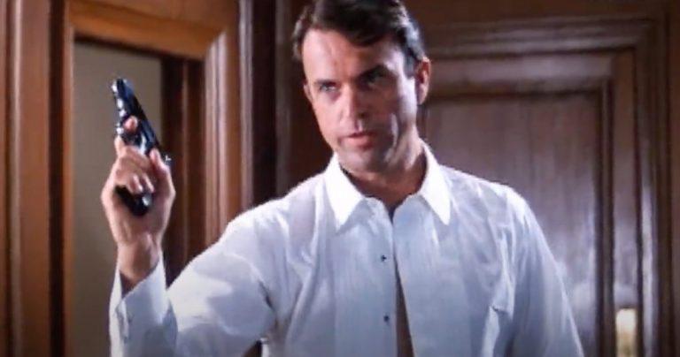 Regardez Jurassic Park Star Sam Neill Audition pour James Bond dans le test d'écran 007