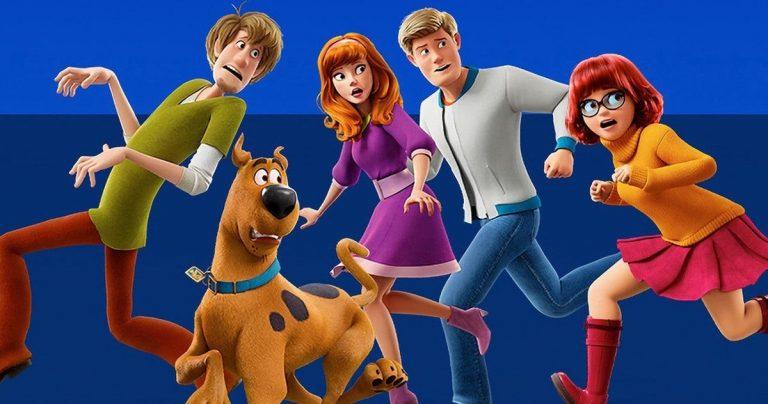 L'émission spéciale de Scooby-Doo sur les retrouvailles parodie les réunions de la distribution télévisée sur la CW