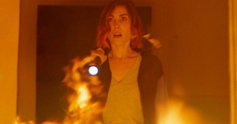 La bande-annonce démoniaque plie l'esprit dans le film d'horreur de science-fiction de Neill Blomkamp