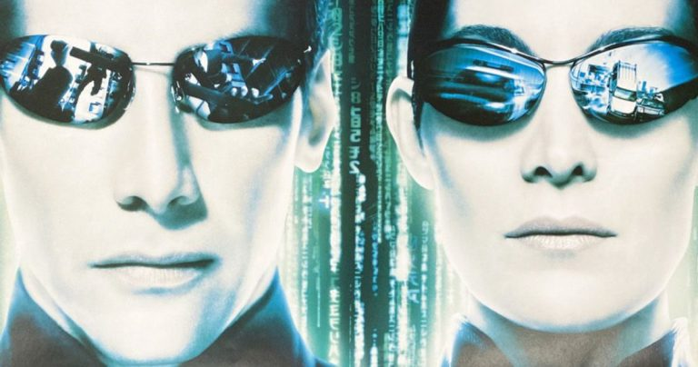 La fuite de la parcelle Matrix 4 révèle un saut dans le temps de 60 ans?