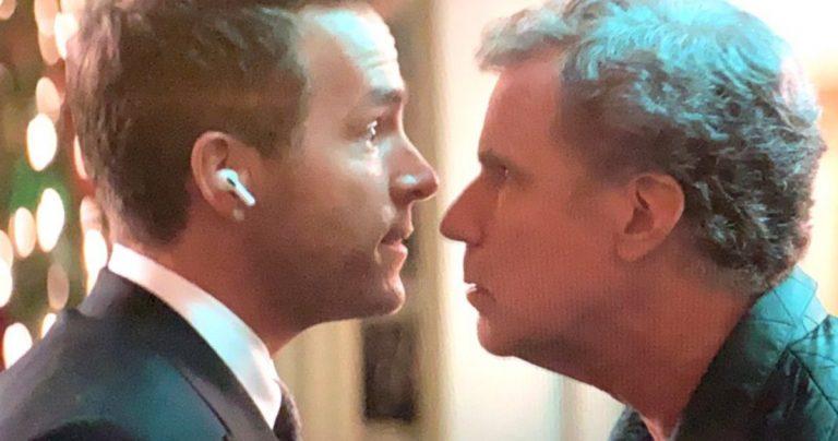 Ryan Reynolds et Will Ferrell s'affrontent alors que la comédie musicale de Noël commence le tournage