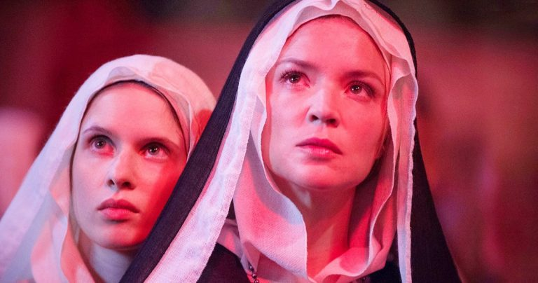 La bande-annonce n°2 de Benedetta entraîne une nonne perturbée dans une histoire d'amour interdite