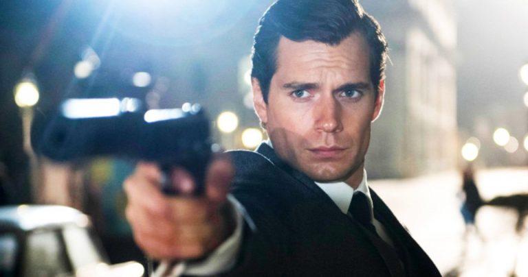 Les discussions sur la refonte de James Bond commencent en 2022 et de nombreux fans veulent Henry Cavill