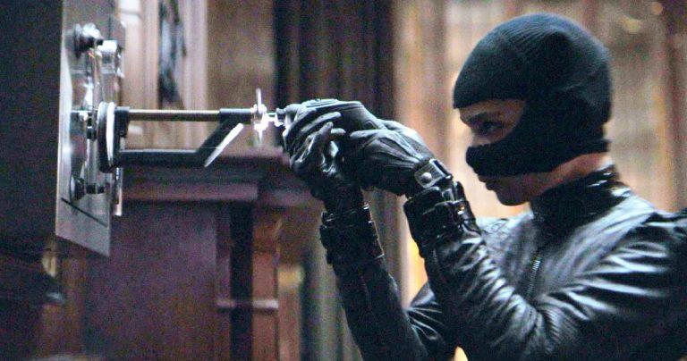 Zoe Kravitz partage les secrets du casting de Catwoman tout en respectant la base de fans de Batman